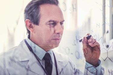 ED治療薬の弱点を克服したシアリスを作るイーライリリー社について