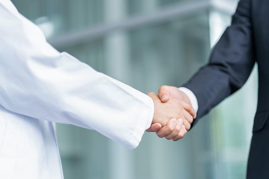 シアリスを販売するのは日本新薬株式会社