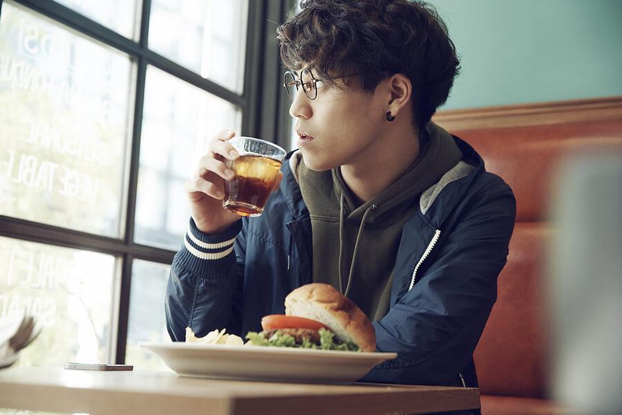 ステンドラは食事の影響を受けにくいED治療薬です
